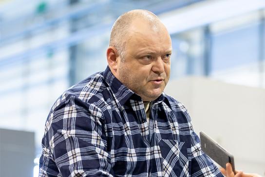Wycinarki drutowe i ich zastosowanie w przemyśle – rozmowa z Robertem Malewskim, operatorem Toptech